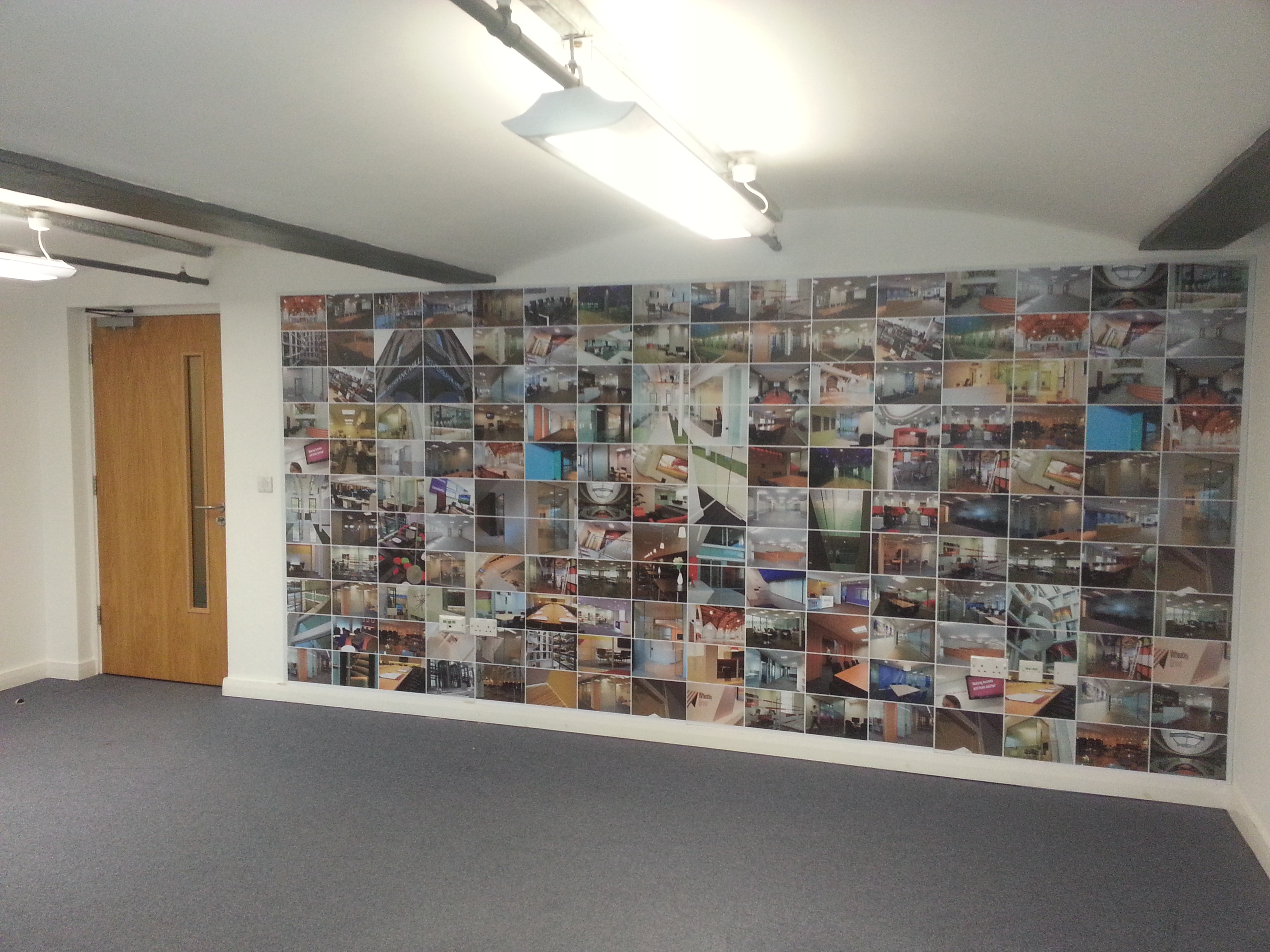 Digital graphics red parrot signs company manchester for Digital mural printing